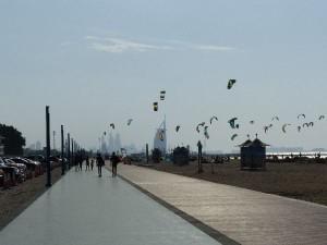 3_UAE_Du_Bur-al-Arab_Kites1