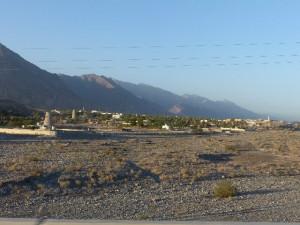 46-OM_Nakhl_Dorf-Berg-Wadi_Bildgröße ändern