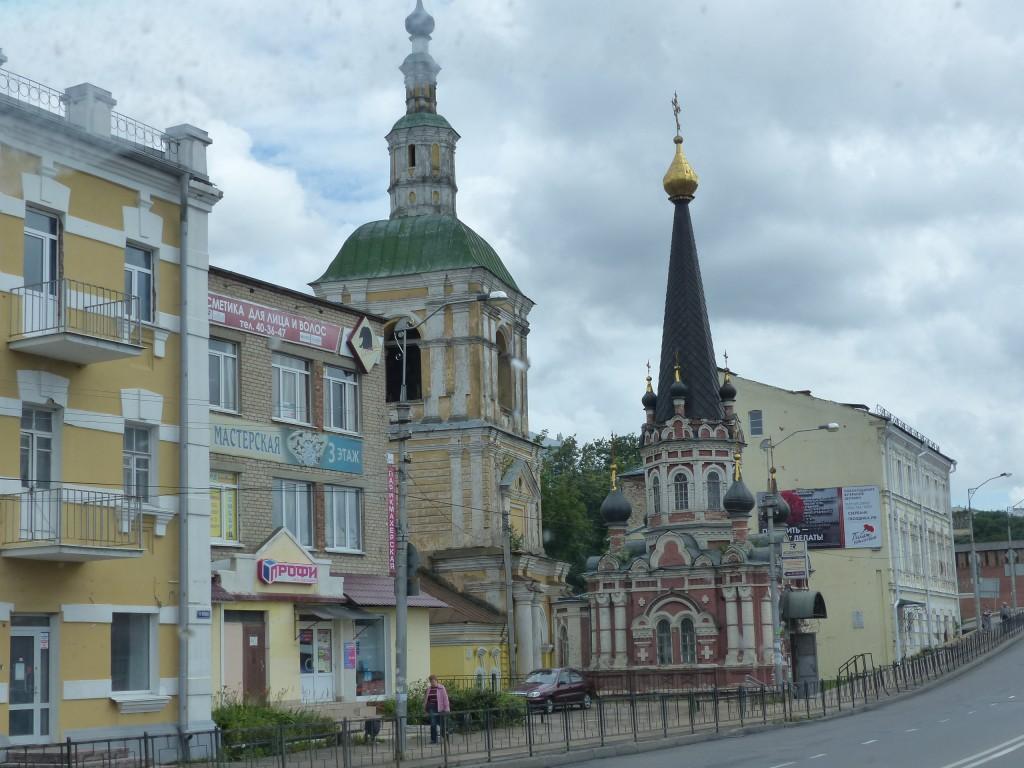 83-RUS_Smol_2alte-Kirchen